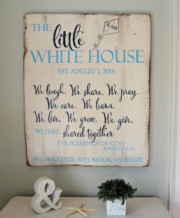 sign little white house1