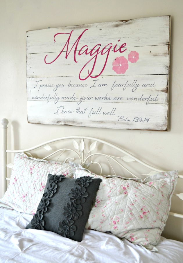 sign maggie2