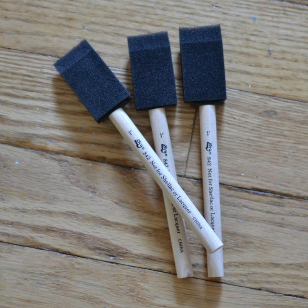 favs foam brush