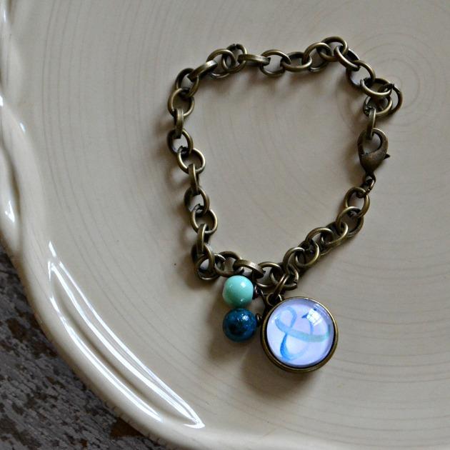 bracelet &
