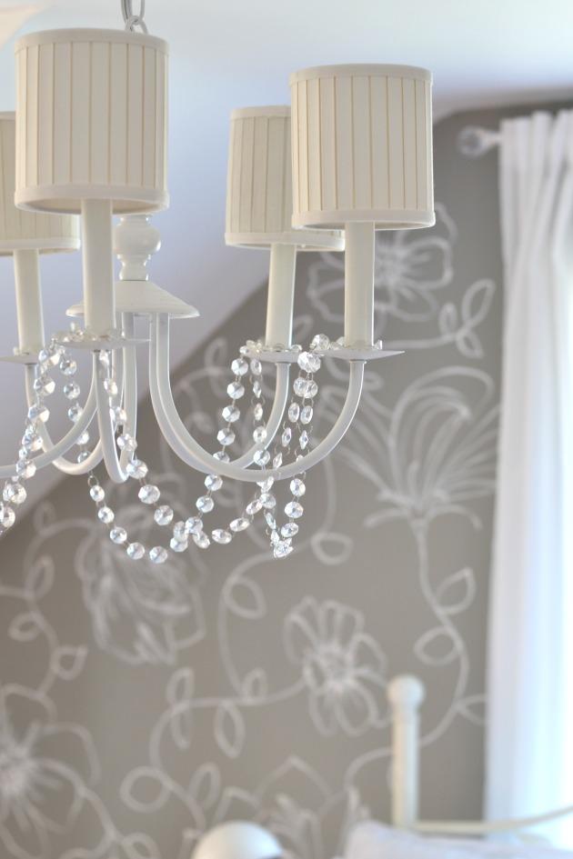 chandelier 3
